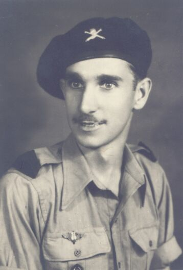 Gaston Eve in desert uniform 1943